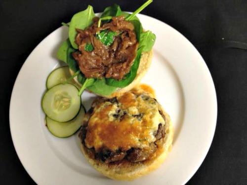 burger new orleans Foodies Guide to New Orleans: A Day of Cajun Cuisine