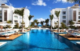 5-beach-hotels-where-locals-would-stay-Turks-and-Caicos