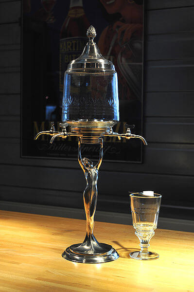 399px-Absinth_Fontaine_02_09