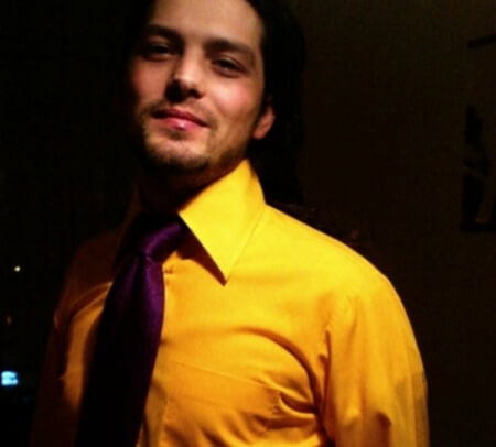 yellow shirt resized The Psychology of Color: How to Choose What to Wear