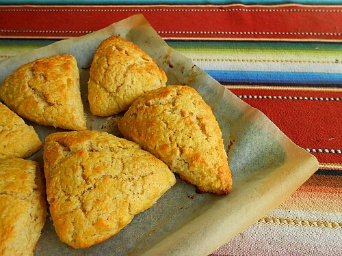 Lemon Vanilla Scones