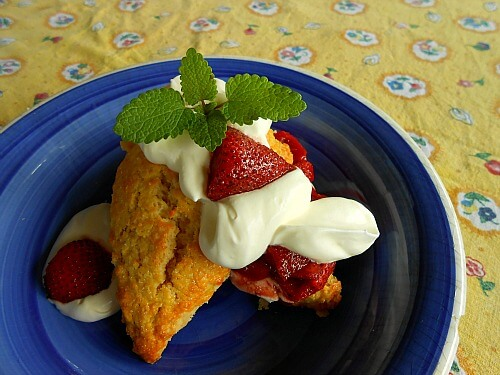 Scones with roasted strawberries and cream