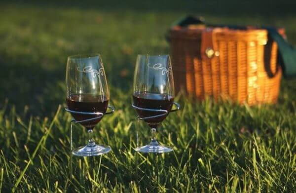 picnic wine holders