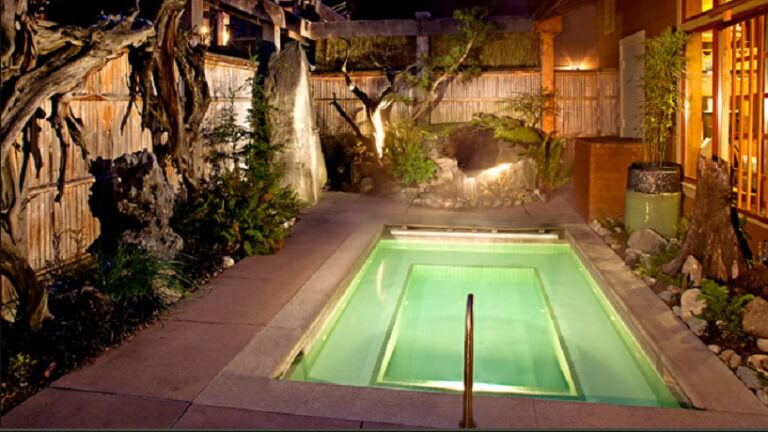 willows 7 Affordable Luxury Pacific Northwest Spa Hotel Getaways
