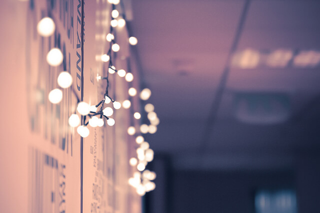 Wall With Christmas Lights : 10 Non-Tacky Ways to Decorate with Christmas Lights Year Round