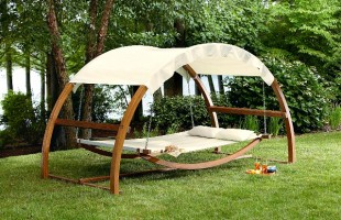 A Place for Napping: Create a Spot for Summer Relaxation