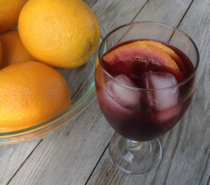 Shaken, Not Stirred: Perfect Iced Tea for a Warm Summer's Day