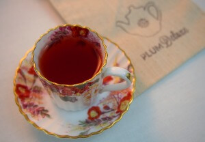 about plum deluxe teas