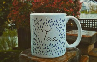 tea in the rain mug