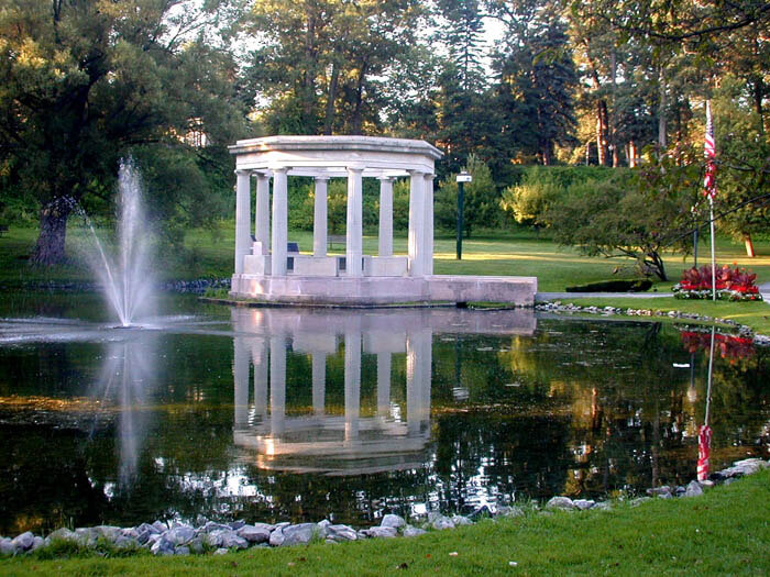Race or relax a weekend getaway in historic saratoga springs for Weekend spa getaways ny