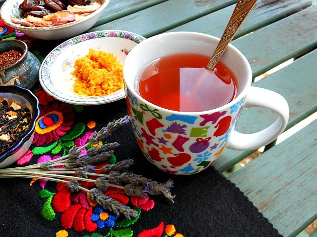Throwing a Tea Party for Holiday Ease