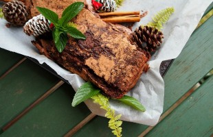 """Yule"" Have a Great Holiday With This Chocolate Cake of Decadence"
