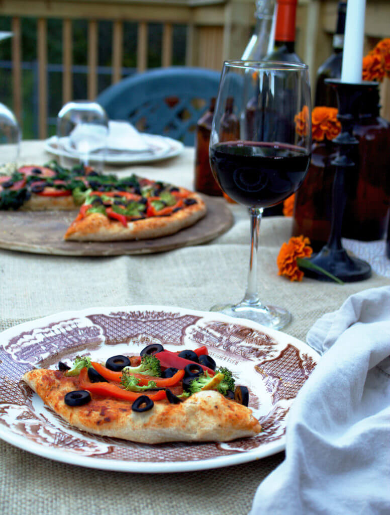 Mulled Wine & Pizza Party with Cauliflower Crust Pizza