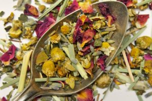 Calm Chamomile Bloom Herbal Tea (Rose/Lavender)