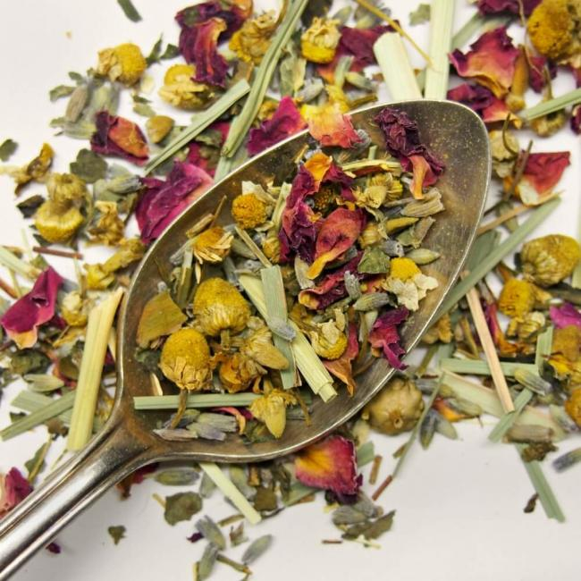 Calm Chamomile Bloom Herbal Tea (Rose / Lavender)